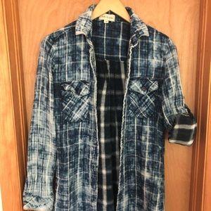 Cloth & Stone Long Sleeved Plaid shirt/jacket